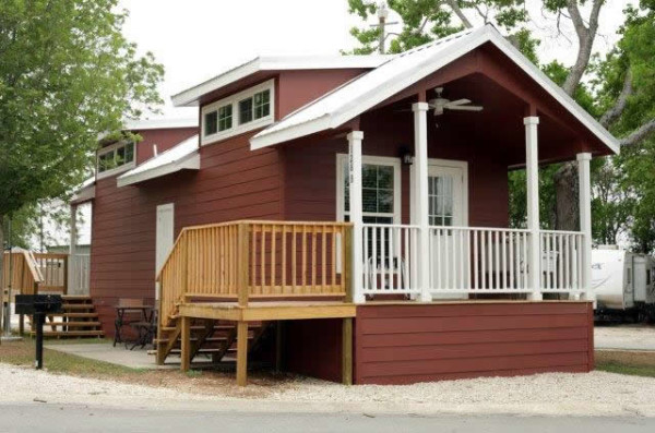 400 sq. ft. Moveable Tiny Cabin Duplex, 200 sq. ft. allocated for each home.